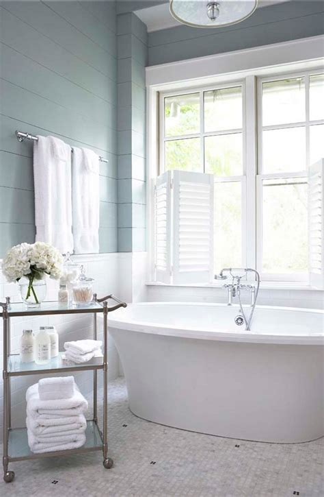 how to create a relaxing atmosphere in your bathroom