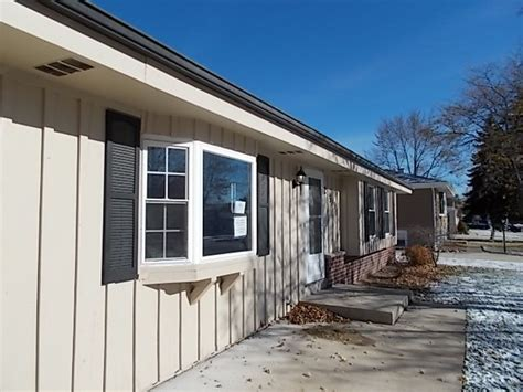 houses for sale in grafton wi houses for sale in grafton wi grafton wisconsin reo homes foreclosures in grafton
