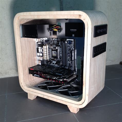 A Touch Of wooden computer adds a touch of modern hackaday