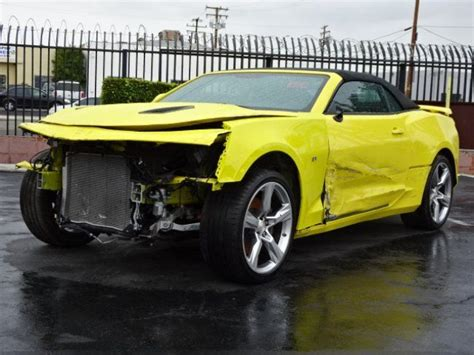 wrecked camaro front damage 2017 chevrolet camaro convertible ss