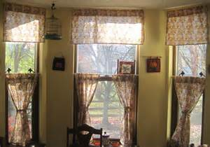Curtains For Kitchen Bay Windows Curtains For A Bay Window Home Design Decor Ideas