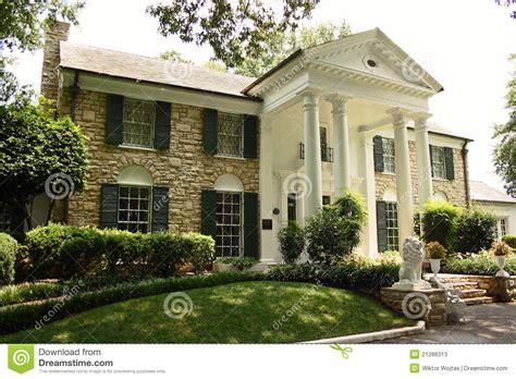 we buy houses memphis elvis presley graceland mansion in memphis editorial stock photo image 21286313