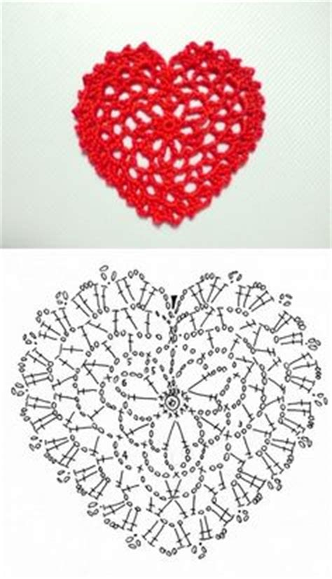 heart pattern lace 1000 images about crochet hearts patterns on pinterest
