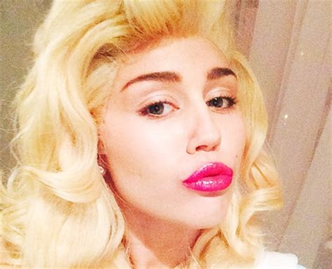miley cyrus hair wig miley cyrus gets her long hair back for one night only