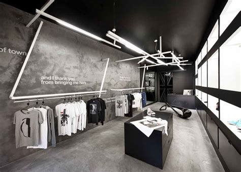best 20 retail interior ideas on pinterest retail shop concrete apparel store interior retail interior design