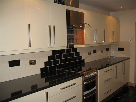 cream kitchen tile ideas cream brick style kitchen tiles tile design ideas