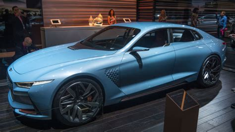 genesis new york concept bows at new york auto show motor trend hyundai wows new york with genesis new york concept