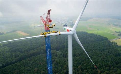wind frankfurt nordex installing the world s tallest wind turbine reve