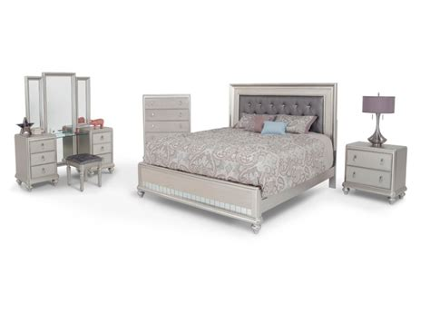 cheap master bedroom sets diva 9 piece king bedroom set bedroom sets bedroom