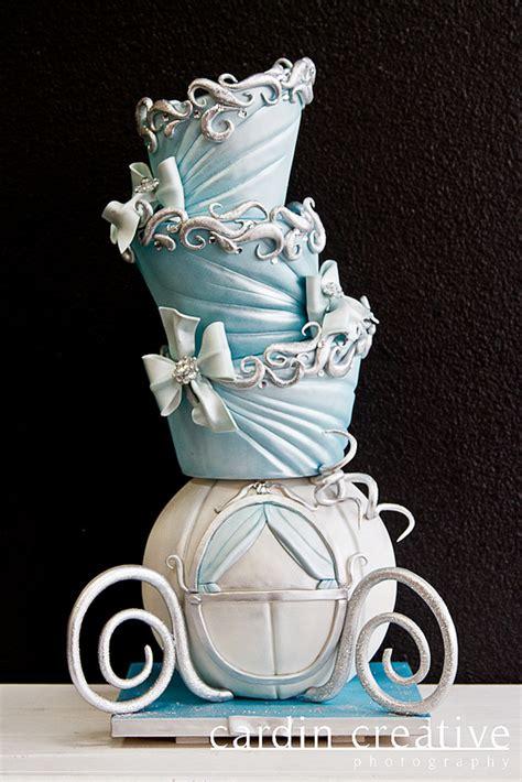topsy turvey cinderella carriage disney wedding cake