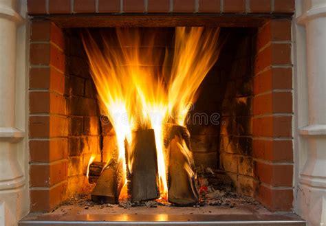 fuoco camino fuoco in camino cenni storici fuoco fal 242 ardente la