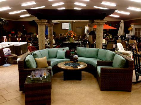 Outdoor patio furniture showroom cleveland ohio