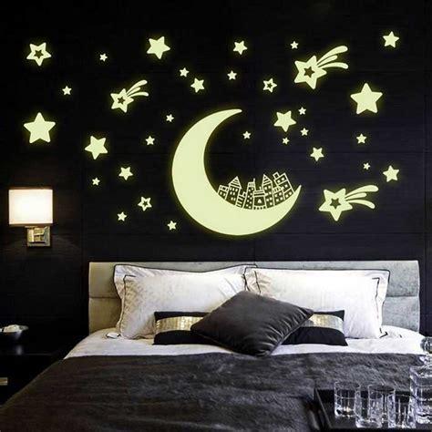 Glow In The Wallsticker City beautiful glow in the moon pvc wall sticker