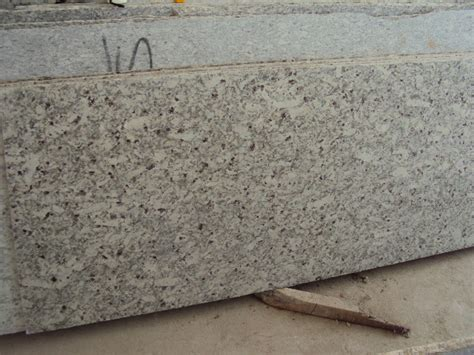 Sellers Kitchen Cabinets moon white granite