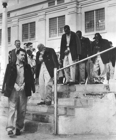 alcatraz prison inmates www pixshark com images galleries with a bite