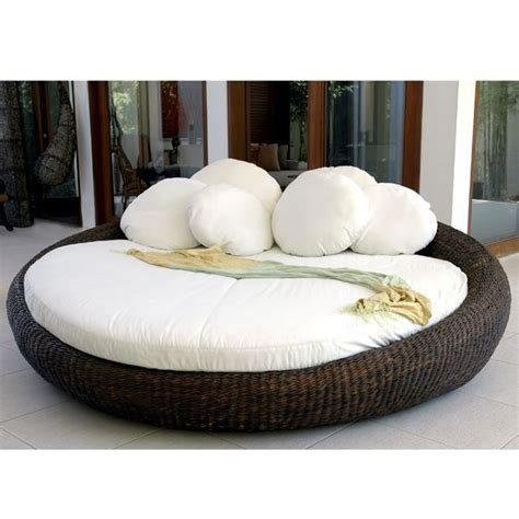 Awesome Outdoor White Sofa Daybed Lounge Chairs Outdoor Furniture Day Bed