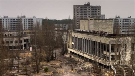 top 10 abandoned places in the world the 10 most famous abandoned places in the world therichest
