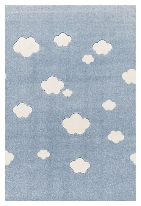 kinderzimmer teppich wolke kinderteppich auf wolke 7 teppich in blau mit wei 223 en