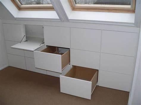 wandschrank ausbauen hast du auch einen dachboden mit dachschr 228 ge mit einem