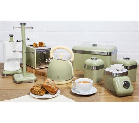 retro kitchen appliance store buy swan retro sk261020gn traditional kettle green