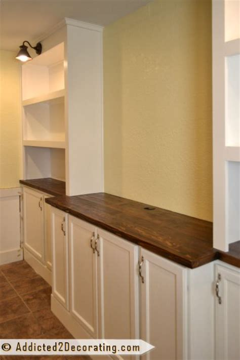 Wall Cabinet Diy by Best 25 Built In Entertainment Center Ideas On