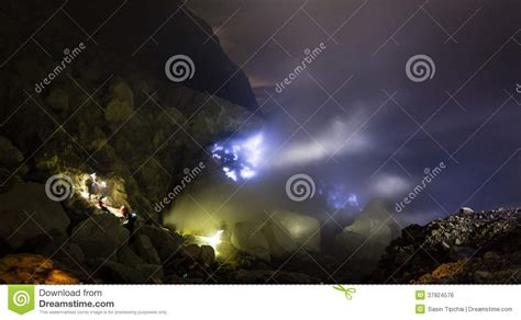 Blue Fire A Flow Of Liquid Sulfur Royalty Free Stock Image