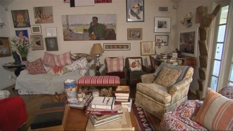 cluttered living room gma s mega makeover clear that living room clutter video