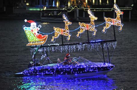 boat lights mooloolaba mooloolaba christmas boat parade 2016 sunshine coast
