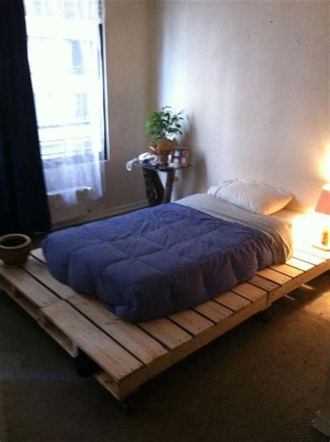 Lighted Bed Frame How To Make A Diy Pallet Bed Frame Pallets Designs