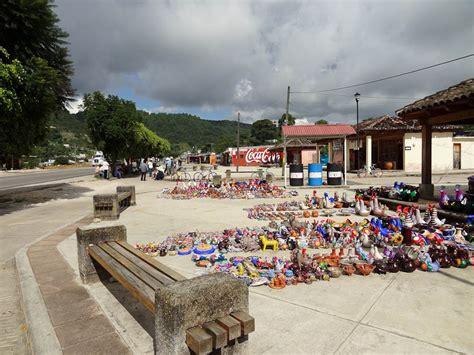 Handcraft Market - san cristobal chiapas paradise in mexico