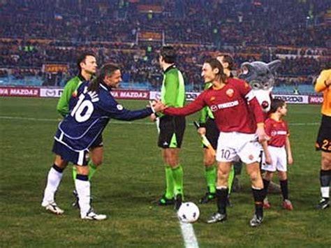 Tshirt Piero Baggio almanacco giallorosso stagione 2002 2003 cionato