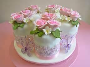 torten kuchen pink vanilla cakes pastries fondant mini cakes for