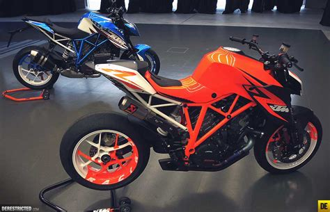 Ktm Dealer Look Of 1290 Duke R For Ktm Dealers