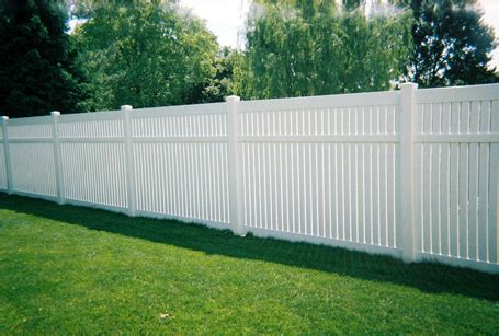 best backyard fence backyard fencing ideas