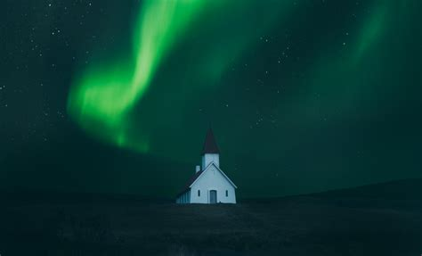 how to view northern lights how to see northern lights in iceland