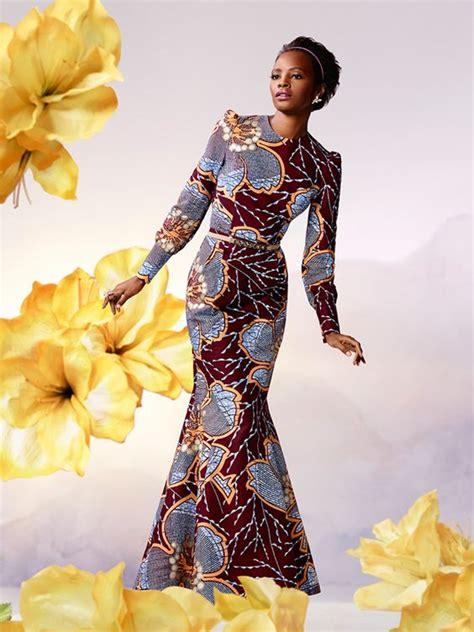 gambian hairstyles in gambia dragen de vrouwen zeer kleurrijke kleding veelal
