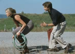 Breckin meyer and amy smart in rat race 2001