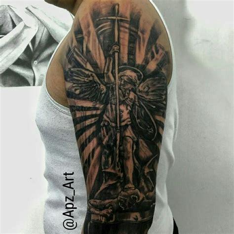 las 25 mejores ideas sobre tatuaje de san miguel arc 225 ngel