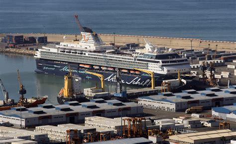 agadir port file 2010 12 14 morocco agadir port cruise ship mein
