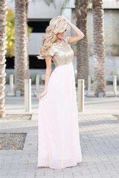 At Maxi Elsa the elsa maxi dress in pink maxi dresses sleeve