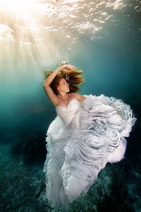 Wedding Underwater by 17 Best Images About Underwater Photography On