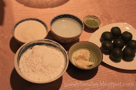 Kimhwa Mini Mooncake Mix 3 goodyfoodies recipe mini snow skin mooncake with green