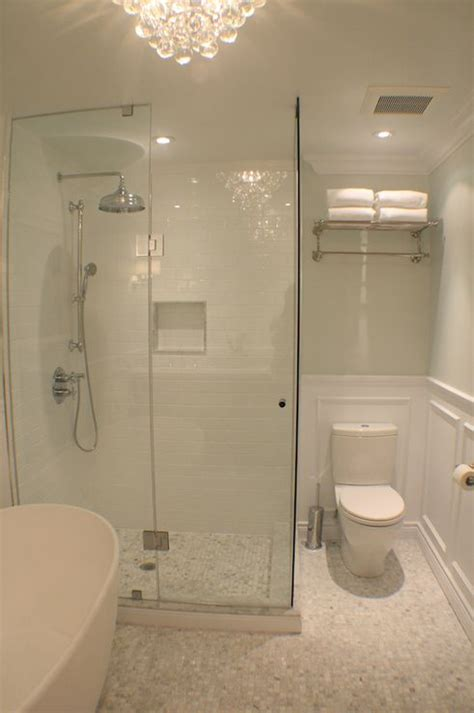 small ensuite bathroom ideas best 25 small bathroom tiles ideas on pinterest city