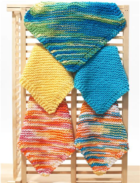 easy dishcloth knitting patterns free easy knit dishcloth pattern favecrafts