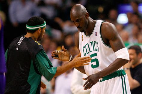 kevin garnett house eddie house and kevin garnett photos photos nba finals