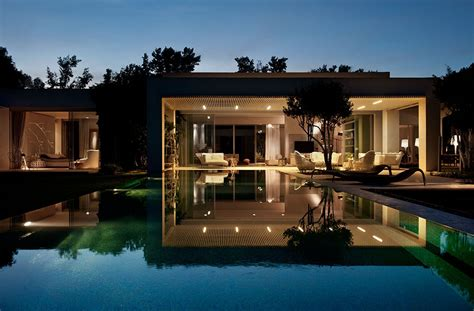 designing a home tastefully decorated modern style villas close to nature