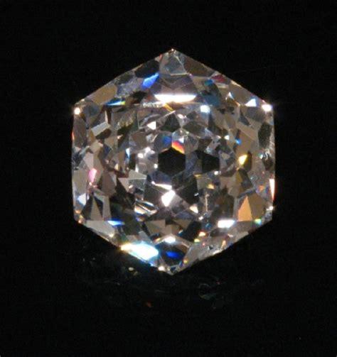 Cartier Hexa Black kaia joyas los famosos parte 1 bazu beau sancy