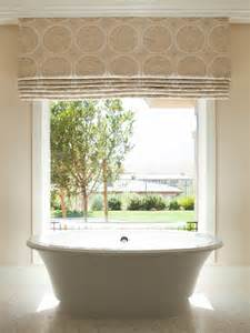 badezimmer gardinen rollos faltrollo n 228 hen wie kann ein raffrollo selbst basteln