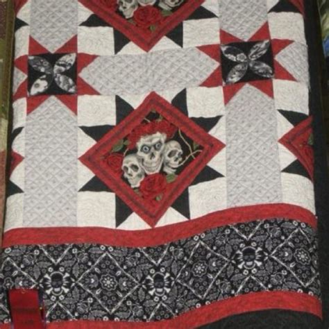 Skull Quilt Pattern by 17 Best Images About Quilts I On Chicken