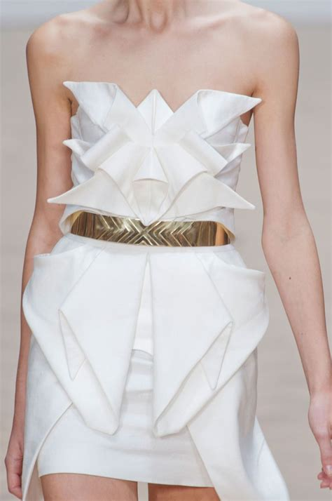 Dress Origami - 25 unique origami dress ideas on guys